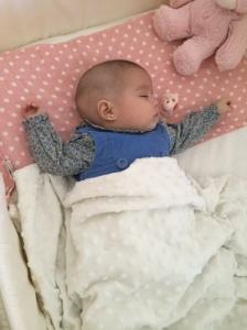 Olivia ya en casa con tratamiento de antibiótico